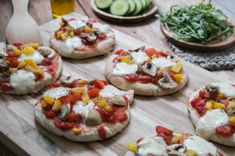 Mini Pizza mit Pitabrot