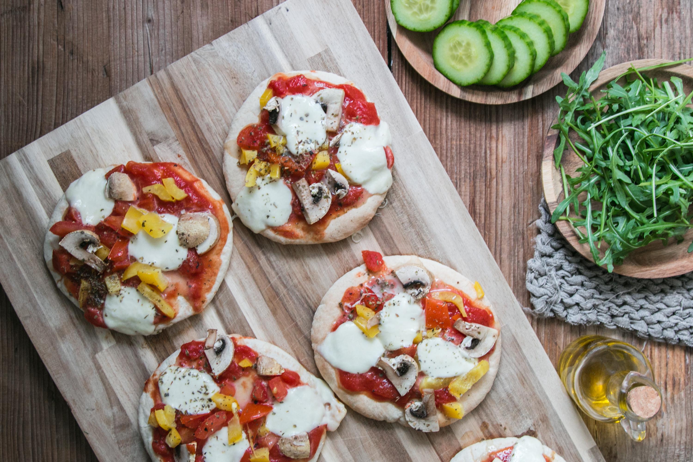 Mini Pizza mit Pitabrot als schnelles Alltagsrezept