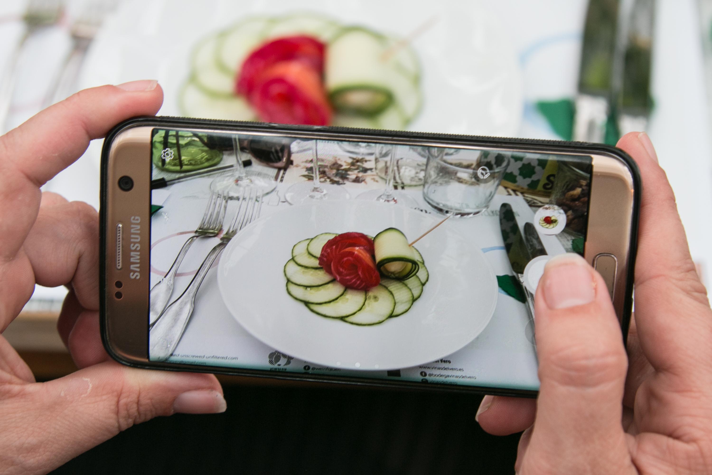 Catering Resi's Garden Zürich Samsung Smartphone Foodfoto