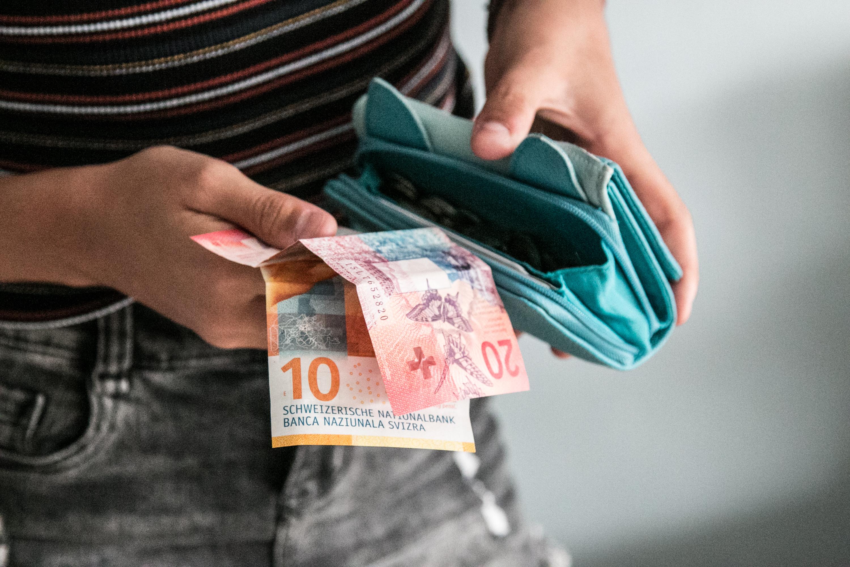 Wie Kinder und Jugendliche Sparen lernen