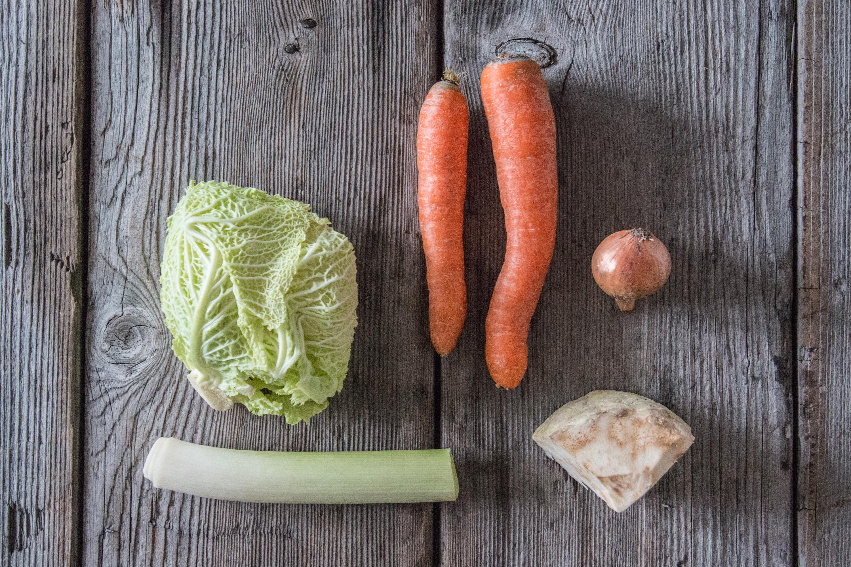 Gemüsebouillon selber machen