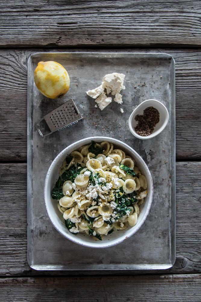 Orecchiette mit Spinat und Feta an einer Zitronenrahmsauce Rezept