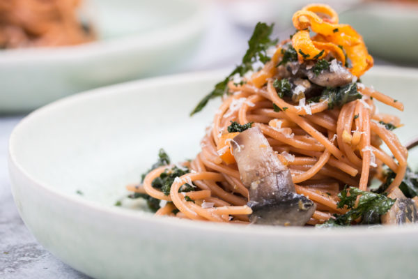 Spaghetti Rezept mit Federkohl und Kürbis