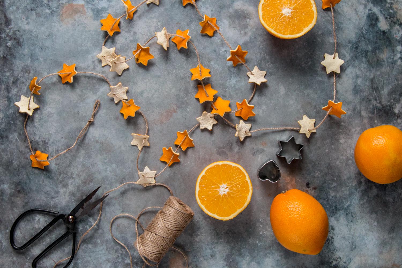 Orangengirlanden - eine schnelle DIY Dekoidee für Weihnachten